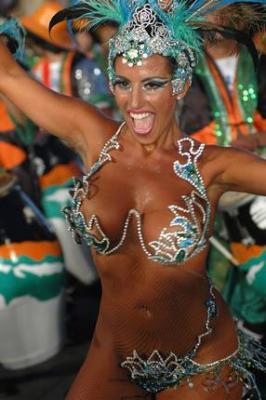 20090112124316-garota-brasileira.jpg