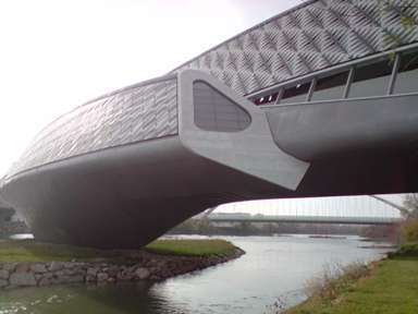20091213234610-pabellon-puente.jpg