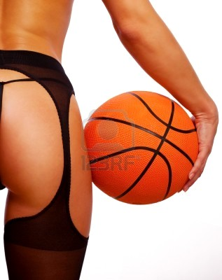 20101002001725-5296259-young-sexy-girl-with-basket-ball.jpg